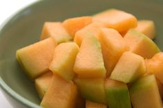 9 Foods That Help You Lose Weight: Cantaloupe Foods high in potassium (melon, avocado, bananas) act as natural diuretics, helping you shed excess water retention.