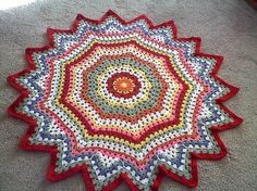"""Granny """"square"""" wheel. This has so many possibilities! I need to try this one out :) #crochet"""