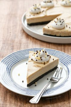No-Bake Peanut Butter Banana Cream Pie with Homemade Honey-Roasted Peanut Butter from @Lindsay Dillon Dillon Landis   Love and Olive Oil