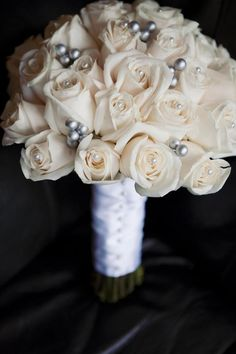DIY wedding bouquet w roses from Costco. WITHOUT the pins...cause I hate them.