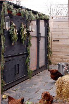 chicken coop christmas decor