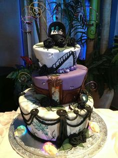 Haunted Mansion wedding cake.