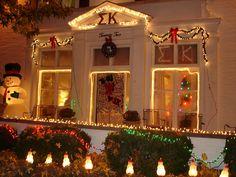 Sigma Kappa house decorated for Christmas