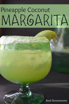 PIneapple Coconut Margarita #margarita #summerdrinks #drinks #cocktails #lime