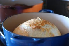Artisan No-knead bread with step-by-step instructions and photo's