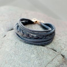 T-Shirt Friendship Bracelet | 15 Ways to Turn T-Shirts into Jewelry