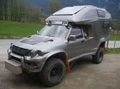 Toyota Hilux Geocar. Now thats a zombie truck!