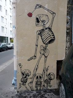 Now this is the kind of skeleton I'd like for my next tattoo. Wall Art, Tattoo Ideas, Skull, Bone, Street Art, A Tattoo, Artist, Skeleton, Streetart