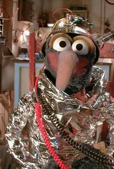 <3 It's okay to be a little weird.<3 |   Invaluable Life Lesson From Jim Henson & Gonzo