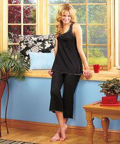 Women's Frilly Dot Capri Pajama Sets