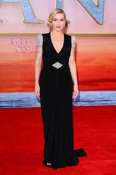 Kate Winslet in Jenny Packham gown with Swarovski embellished sleeves