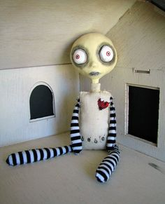 Voodoo Bebe - numbered art doll