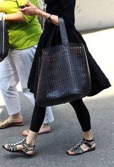 full skirt, sandals, leggings, large bag
