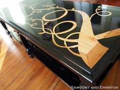DIY Tutorial - Refinishing Furniture with a Wood Grain Stencil - Unbelievable before and after woodgrain, coffee tables, tutorials, diy tutorial, furniture, stencil, coffe tabl, refinish furnitur, wood grain