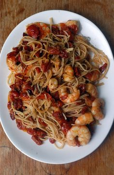 linguine with shrimp and slow roasted tomatoes