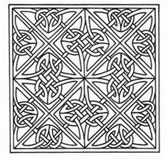 I want this celtic knot design for a queen size quilt. I want  dark green  blue and purple for the rope colors with accents of goldrod. The background will be a cream color.