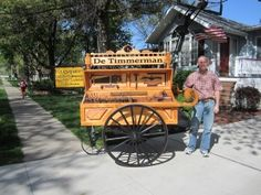 Randy Wineland from Pella, Iowa. Wood artist. Carpenter. Collector of old tools.