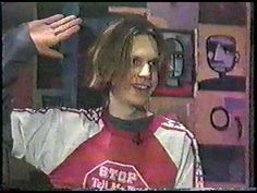 Beck interviewed by Thurston Moore in 1994 on MTVs 120 Minutes.