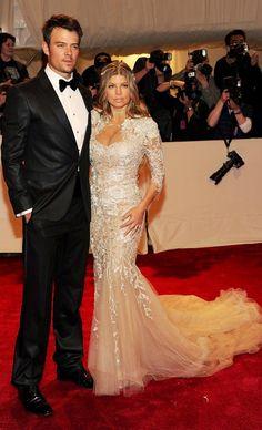 I DONT WHY.. i like you  Josh Duhamel and Fergie