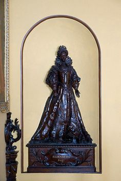 relief from staircase at Blickling Hall:  Queen Elizabeth I by YorkieBen, via Flickr