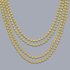 Idea: decora con collares de cuentas como si fueran guirnaldas - de www.fiestafacil.com, $2.20 para 4 / Idea: decorate with bead necklaces as if they were garlands - from www.fiestafacil.com