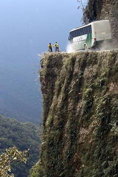"""""""Highway of Death"""" in Bolivia"""