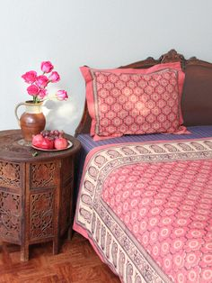 Saffron Marigold has the most beautiful bedspreads and curtains I've ever seen. Pillows Covers, Saffron Marigold, Spare Bedrooms, Indian Bedspreads, Pink Bedspreads, Pink Indian Bedrooms, Indian Interiors Decor, India Bedrooms Decor, India Rose