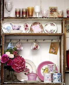 Country Style...shabby chic! love it!