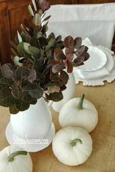 gorgeous, simple Fall tablescape