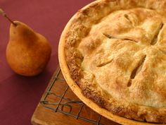 Spiced Apple and Pear Pie #FNThanksgiving