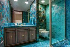 retro-aqua-bathroom...oooohhhhweee