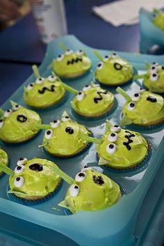 Alien Cupcakes on Pinterest Alien Cake, Toy Story ...