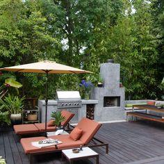 http://homeklondike.com/wp-content/uploads/2012/03/2-ideas-for-urban-garden.jpg