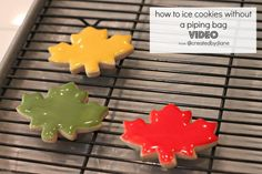 how to ice cookies without a piping bag VIDEO from @createdbydiane  (GLAZE ICING)
