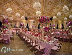 Maralago is an exclusive wedding venue that belongs to  Donald Trump. breathtaking!!  http://www.maralagoclub.com/