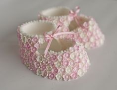 pink blossom, shoe cakes, christening cakes, babi, christen cake, blossom booti, baby shoes, blossoms, cake toppers