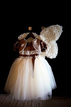 flower girls outfit themarriedapp.com hearted <3
