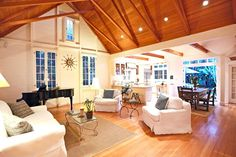 Los Angeles Real Estate Property Highlight: 343 Sycamore Road