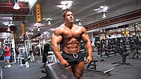 VIDEO: Amateur bodybuilder Jeff Long lifts weights shirtless in the gym and everyone else in the gym just watches in the background. He also does some flexing and posing in tighty booty shorts. Muscle worship is my addiction. Too hot! Click the pic to watch the video.