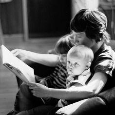 Family Reading books, mothers, book kid, children, memories, learning, kids, families, famili read