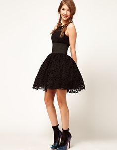 lace, full skirts, evening dresses, party dresses, shower dresses