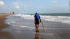 metal detector, beach, treasur hunter