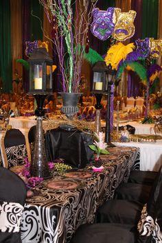 gras 2011, marti gras party, gras fun, gras theme, mardi gras