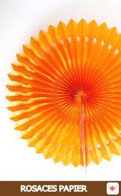 Rosaces en papier de soie orange pour #halloween