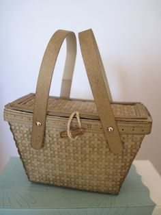 Stampin' Up!  Picnic basket from petite purse die