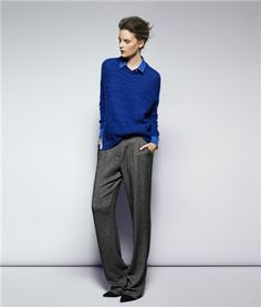 Look masculino en gris y azul del catálogo de octubre de @MANGO