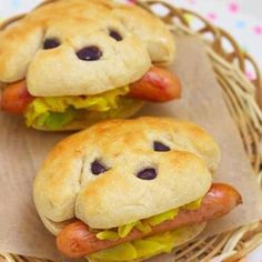 Hotdogs anyone? Art you can eat!