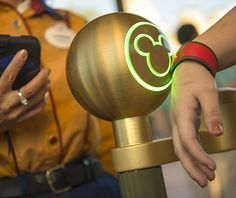 Disney World Tips and Tricks: Magicband