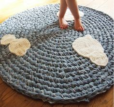 Fuente: http://www.kingsoleil.com/Upcycled_Crochet_Rug.html