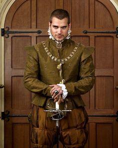 Henry Cavill as Charles Brandon, 1st Duke of Suffolk ~ The Tudors  #dayum